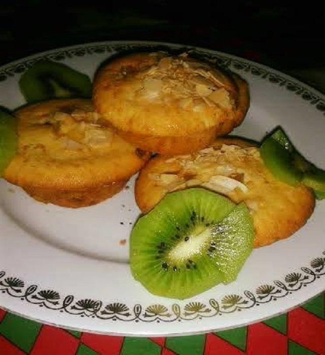 Kandirozott-gyumolcsos-muffin