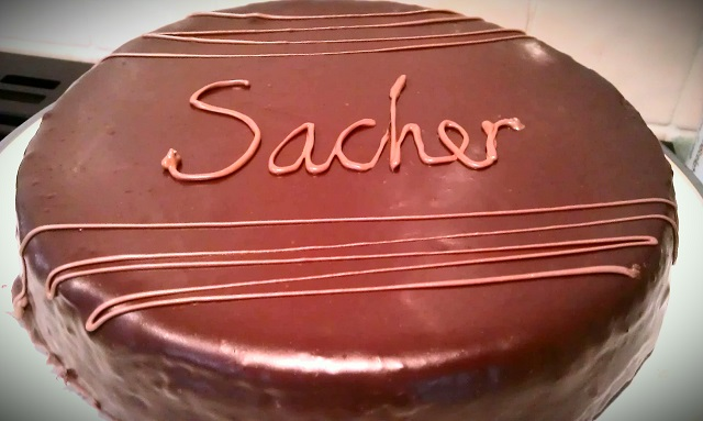sacher-csokoladetorta